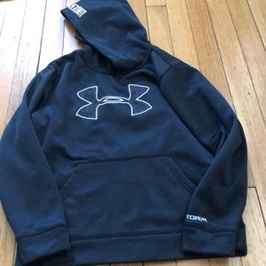 Size small under armour hoodie EUC